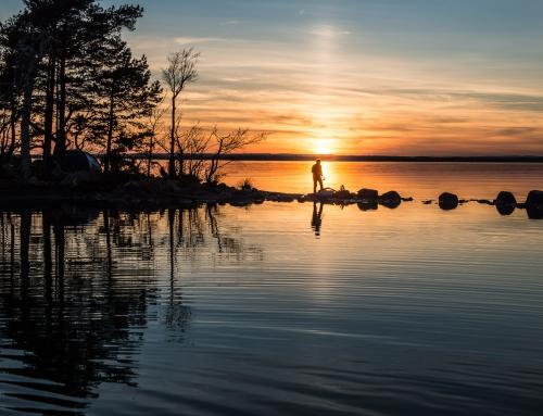 Kayaking and filming on lake Vättern